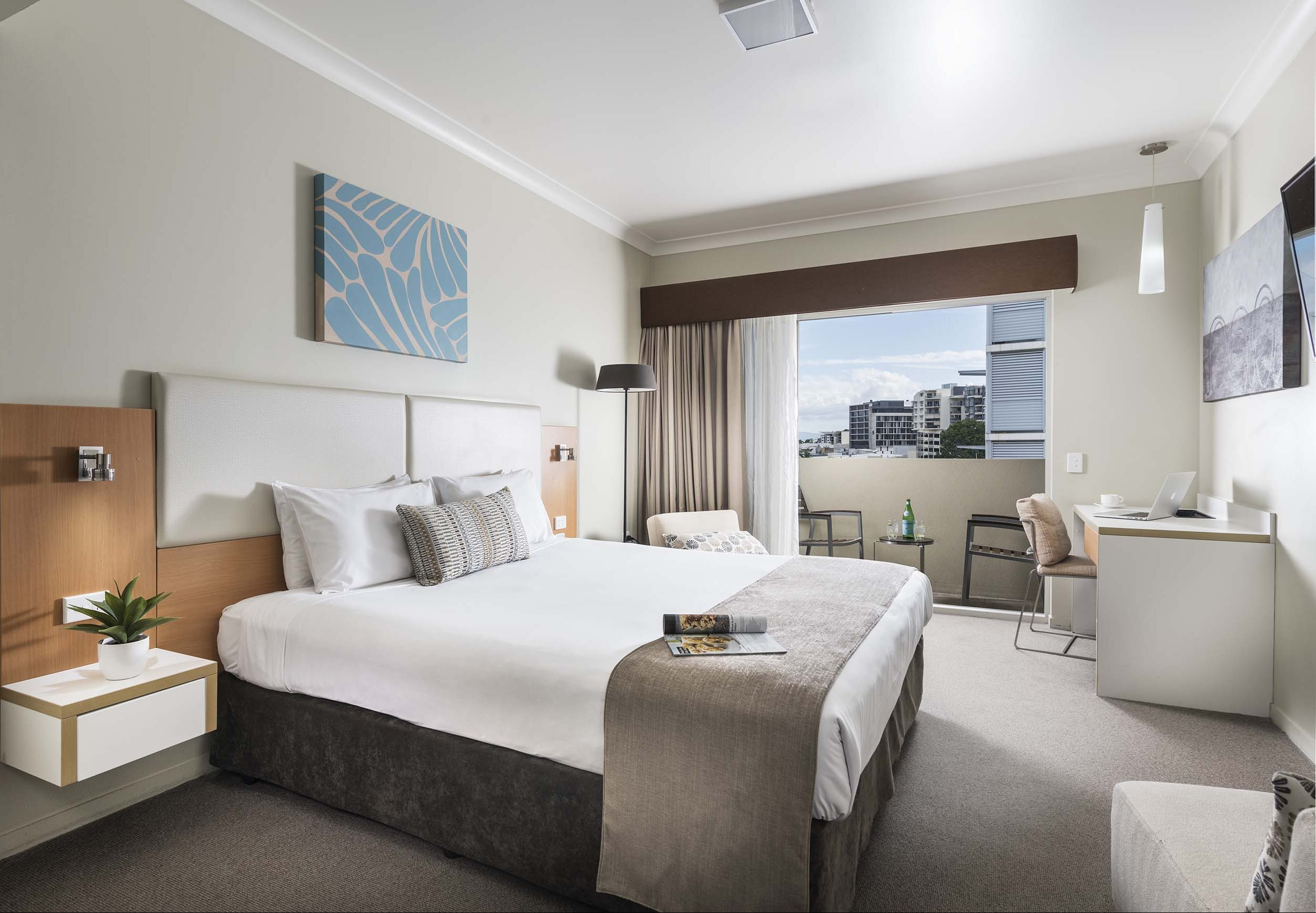 Grand Hotel and Apartments Townsville - Accommodation