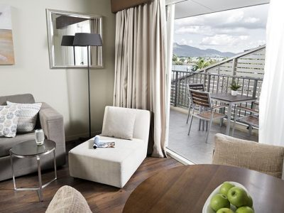 Grand Hotel and Apartments Townsville - Grand Executive